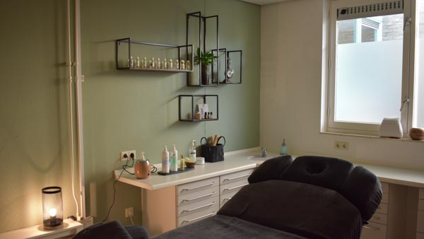 MyoMind Massage - Massagepraktijk collage - Massageruimte Linksachter