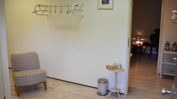 MyoMind Massage - Massagepraktijk collage - Wachtruimte